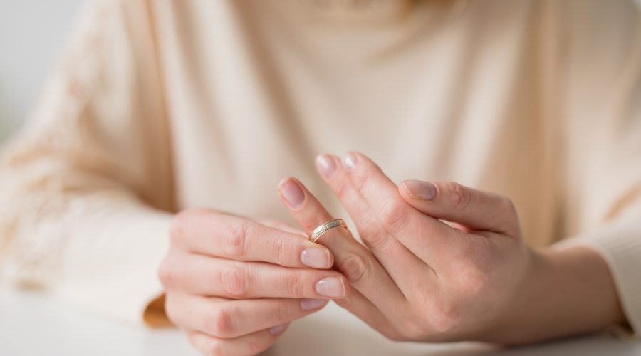 Managing Emotions During The Divorce Process 5